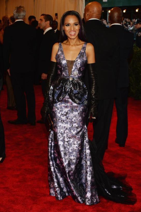 Kerry Washington looked super cutting-edge chic in custom Vera Wang