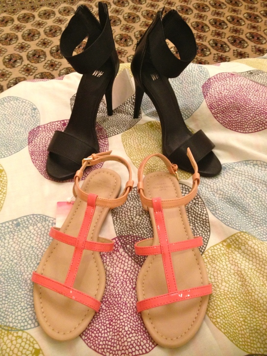 New Shoes! Pair of simple black heels from H&M and a cute pink and nude pair of sandals from Zara. Also bought a really cute white dress, but it's not photographed here.