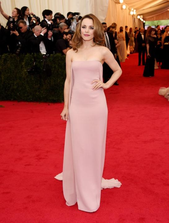 Rachel McAdams in a pale pink Ralph Lauren gown