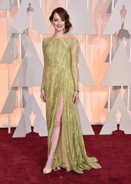 The Best Supporting Actress nominee rocked a pear colored Elie Saab number