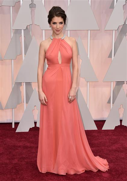 Anna Kendrick in a peach Thakoon number