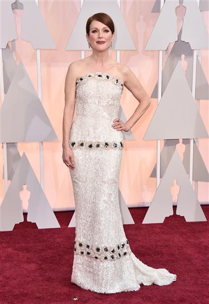 Julianne Moore in a white Chanel dress